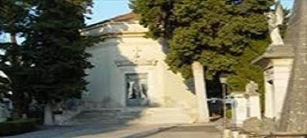 Cimitero comunale: orari di apertura e chiusura mese di agosto