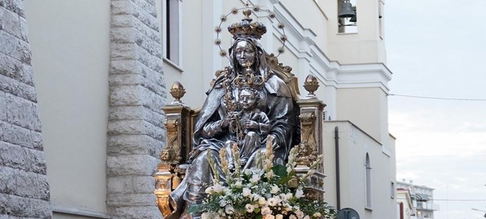 Trasferimento simulacro Madonna dei Miracoli: sabato 31 agosto processione notturna