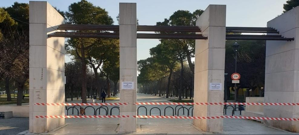 Emergenza epidemiologica: dal 7 al 19 aprile chiusa Villa Comunale, parco Monumento ai Caduti, divieto accesso e stazionamento in alcune piazze e vie cittadine